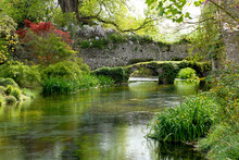Giardini E Rovine Di Ninfa