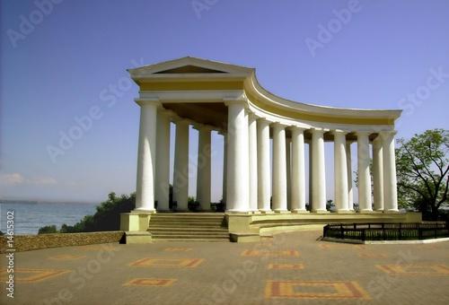 Foto op Plexiglas Artistiek mon. Colonnade on boulevard in Odessa
