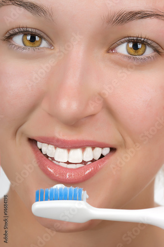Brushing Teeth - 14684198