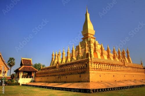 "Fotografie, Obraz  National Monument ""Pha That Luang"" in Vientiane - Lao / Laos"