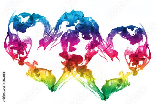 kolorowe-tlo-ksztalt-serca-wykonane-z-tuszu