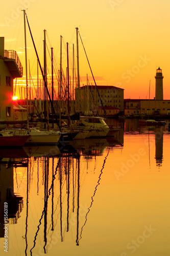 Foto-Schiebegardine Komplettsystem - Faro della Lanterna di Trieste al tramonto (von Blu Photo)