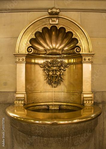 Fényképezés Gold baptismal font