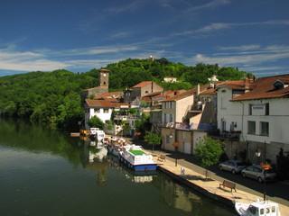Fototapeta na wymiar Penne D'Agenais, Vallées du Lot et Garonne