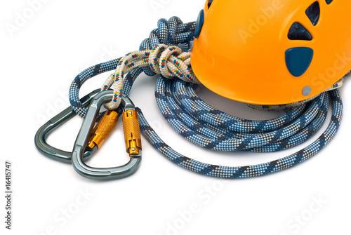 Poster de jardin Alpinisme Isolated carabiners, orange helmet and rope