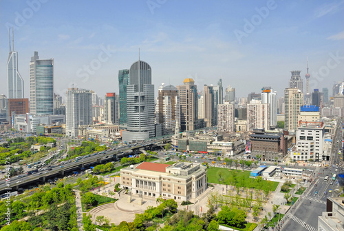 Photo  China Shanghai Opera House and city skyline