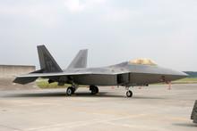 F-22 戦闘機