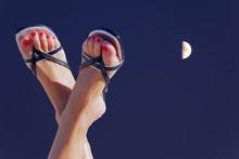 Les Pieds Sous Le Clair De Lune