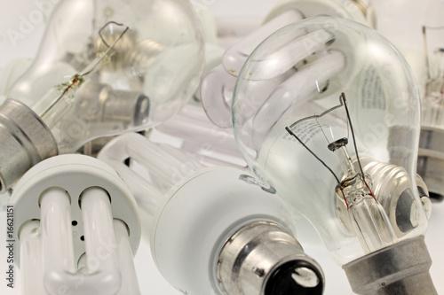 des ampoules électriques Canvas Print