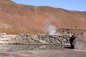 Geysers del tatio on Andes, Chile