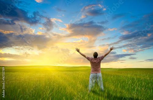 Fotografia  man standing in field