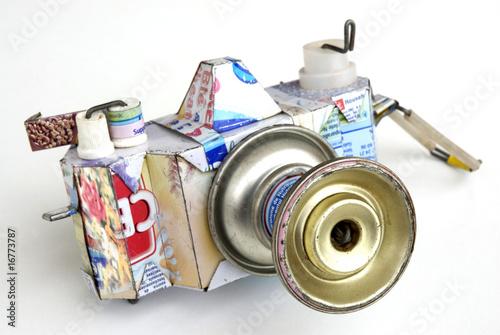 Tin kamera
