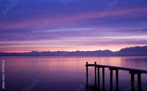 La pose en embrasure Bleu fonce Sunrise in St-Prex