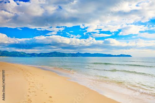 Foto-Leinwand - Sandy beach (von Olga Khoroshunova)