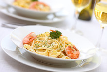 Pasta Alfredo With Grilled Shrimps