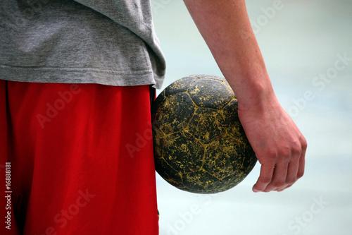 Foto-Duschvorhang - handballspieler mit ball (von Sigtrix)