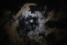 Il Cielo La Luna E Le Nuvole (2)