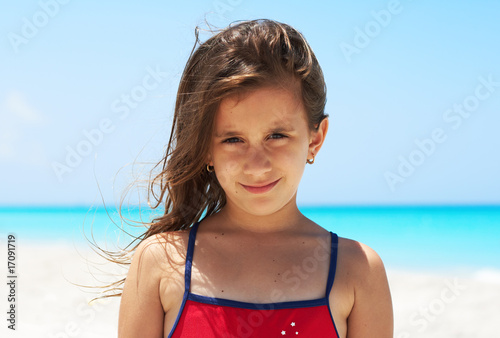 Photographie Portrait of a beautiful girl in the beach