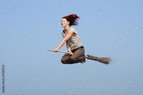 Fotografía  frau fliegen freude besen hexe