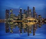 Fototapeta Nowy York - Singapore Skyline Reflected on Marina Bay