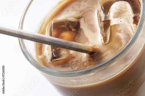 In de dag Milkshake アイスカフェラテ