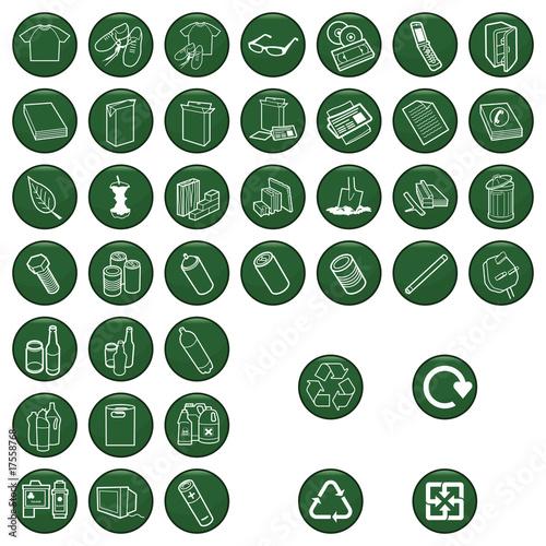 Plakaty BHP zestaw-ikon-materialow-do-recyklingu-kazdy-indywidualnie-ulozony-warstwowo
