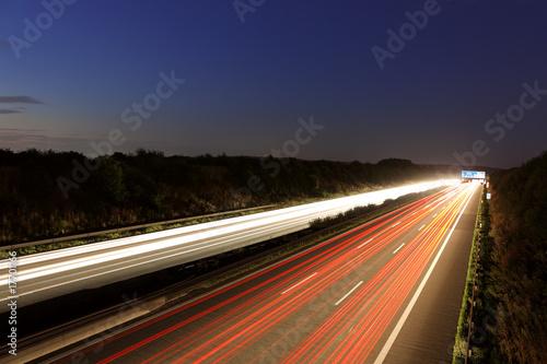 Fototapety, obrazy: Autobahn bei Nacht