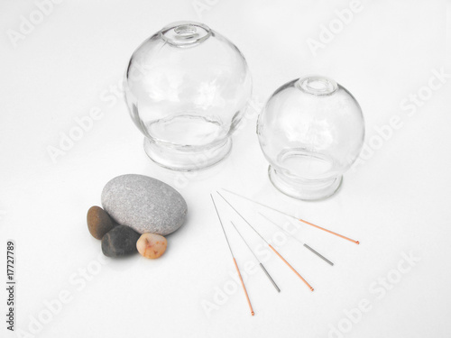 Photo Acupuncture needles with glass cups