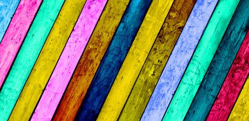 Kolorowe ukośne deski drewniane tła