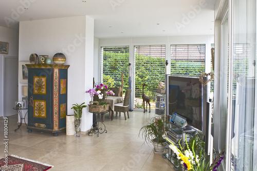 intérieur de maison de luxe – kaufen Sie dieses Foto und finden Sie ...