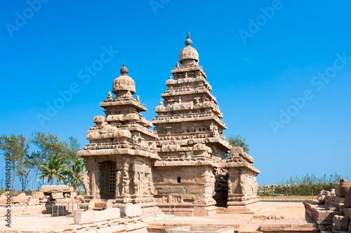 Obraz na plátně  Famous shore temple at Mamallapuram