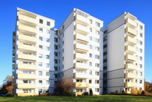 Wohnhaus, Balkone, Mehrfamilie...