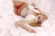 canvas print picture - im Schnee liegend