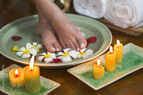 Foto op Plexiglas Relaxing aromatherapy spa for feet 7
