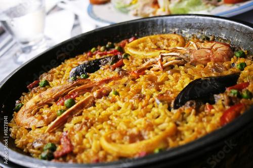 Photo  Paellea, traditional spanish food