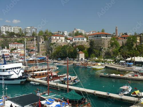 La pose en embrasure Turquie Hafen in Antalya, Türkei
