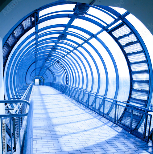 Papiers peints Tunnel fantastic blue gallery