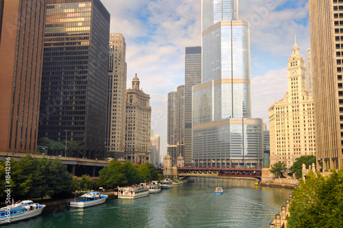 Keuken foto achterwand Chicago Boats on the Chicago River