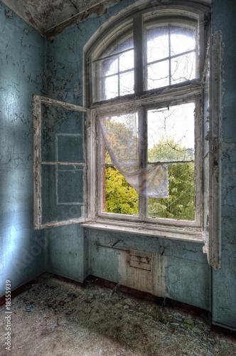 Cadres-photo bureau Ancien hôpital Beelitz Blick nach draussen