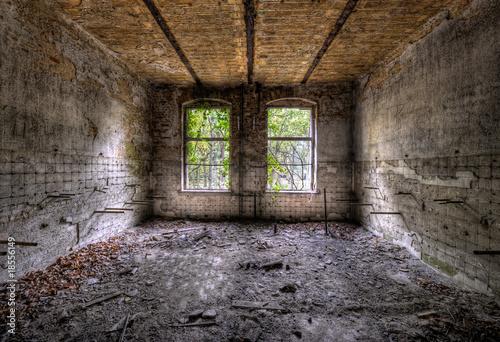 La pose en embrasure Ancien hôpital Beelitz 2 Fenster