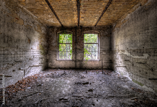 Photo sur Toile Ancien hôpital Beelitz 2 Fenster