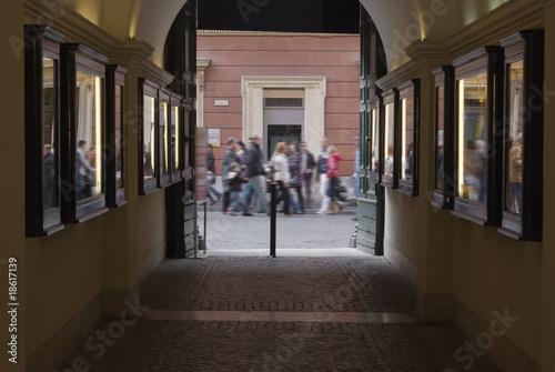 Roma, fine settimana, shopping in centro Canvas Print