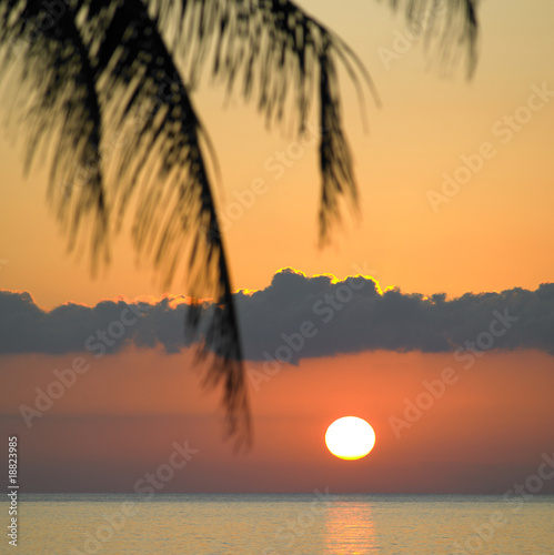 zachod-slonca-nad-morzem-karaibskim-maria-la-gorda-kuba