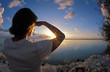 femme au soleil couchant, Polynésie