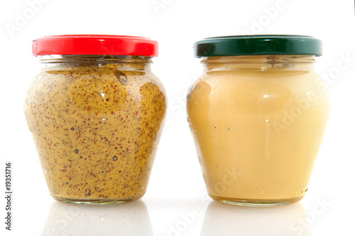 Photo  Two kinds of mustard