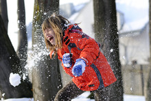 Childhood, Fighting With Snowballs