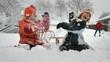 canvas print picture - Kinder im Schnee