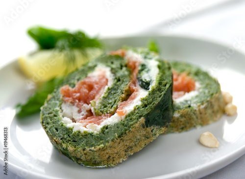 Fotografie, Tablou spinach and salmon roulade closeup