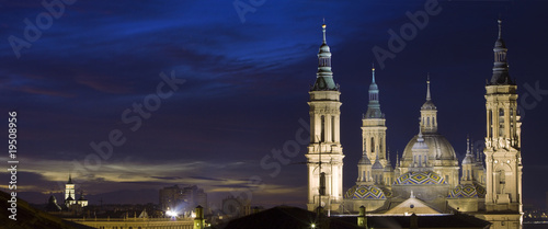 Saragosse at twilight (panoramic composition)