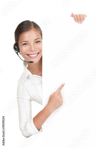 Foto  Headset woman from call center standing with billboard